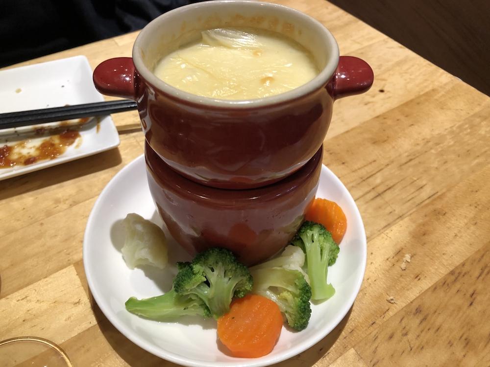 チーズフォンデュ(ミニ野菜セット付)