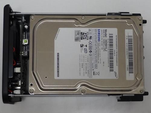2枚目のHDDをセット