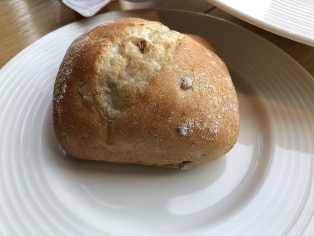 ライ麦全粒粉パン