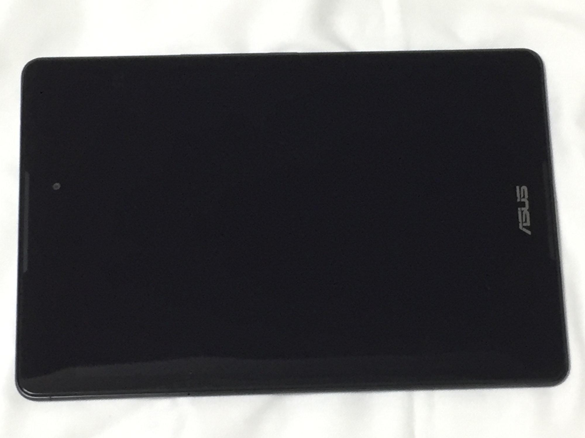 ASUS ZenPad 3 8.0 (Z581KL) 前面