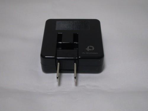 PLANEX 「充電万能」2ポートUSB充電器 コンセント可動状態