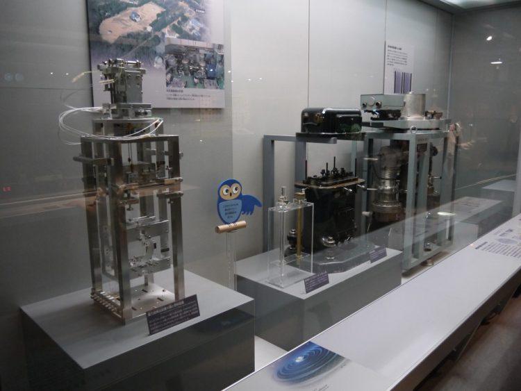 重力波検出装置の鏡と懸架装置