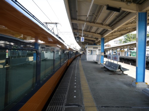 近鉄特急 鳥羽駅ホーム