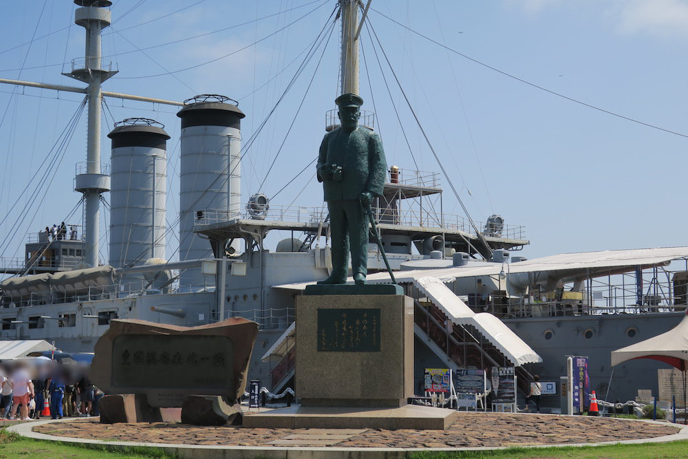 東郷平八郎連合艦隊司令長官の銅像