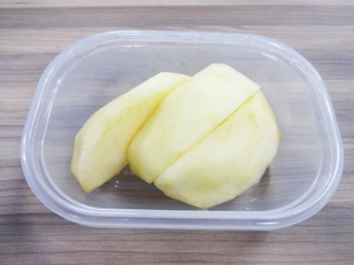 りんご半個分
