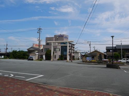 二見浦駅ロータリー