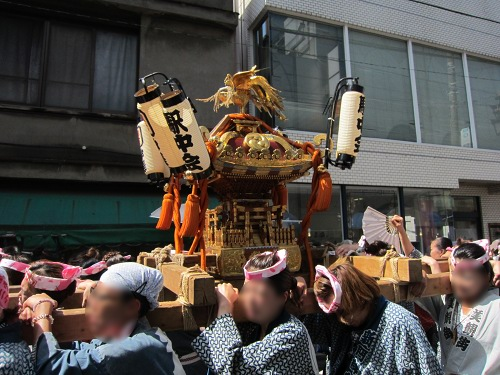 自由が丘熊野神社 女神神輿