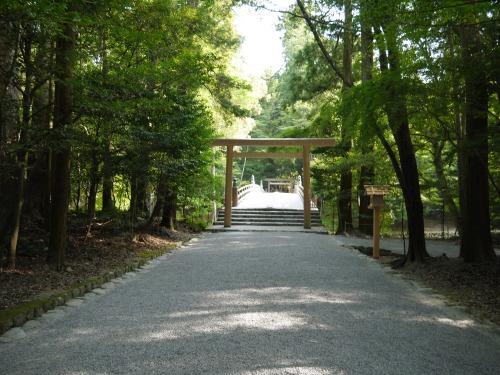 風日祈宮への道